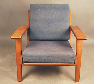 SOLD Hans Wegner plank chair 20D041 Danish Vintage Modern