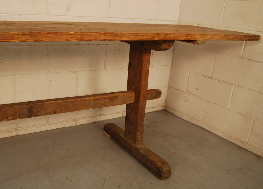 ... Antique Scandinavian Pine Table ...