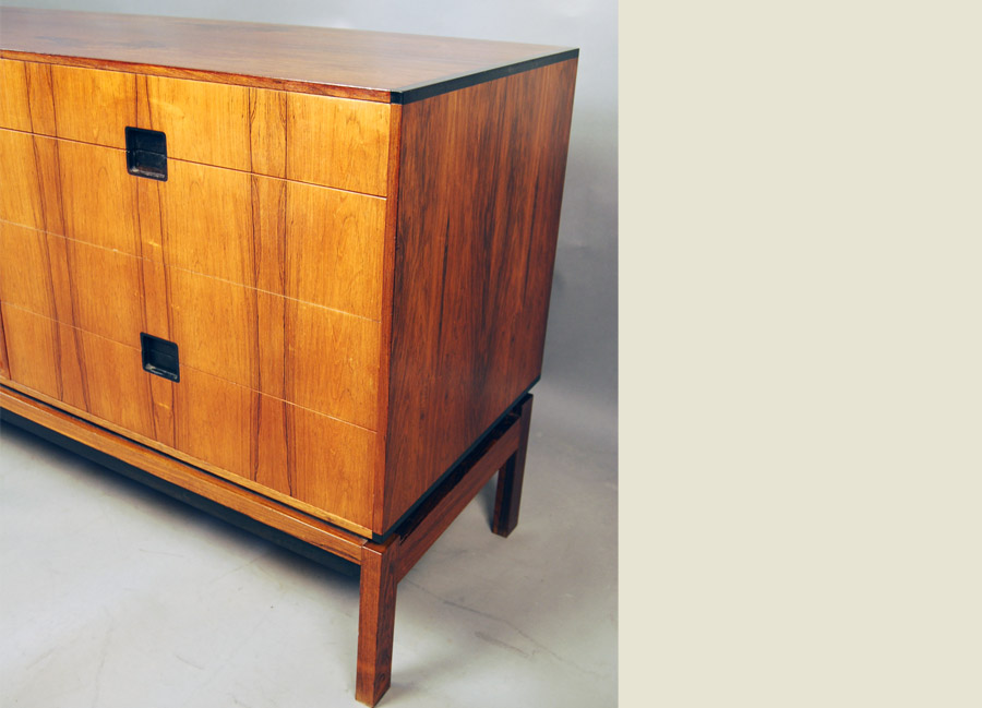 Sold hans hove palle petersen rosewood sideboard 31d105 for Furniture hove